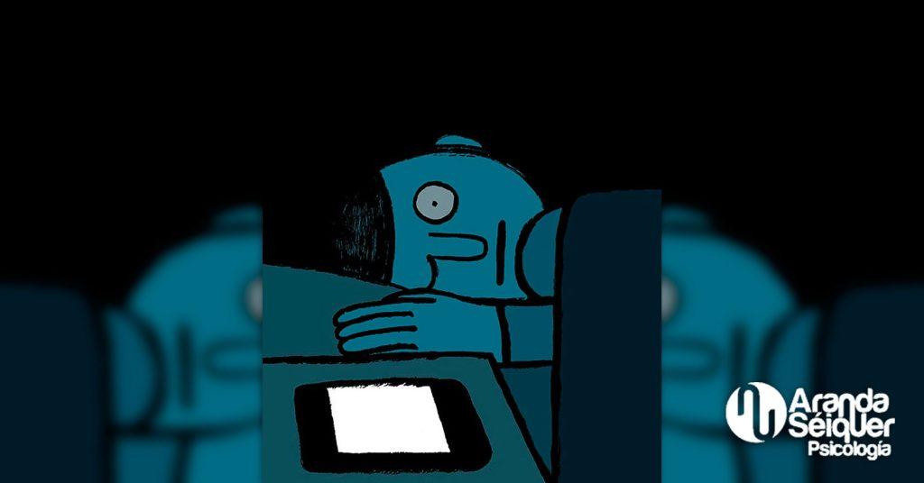 El insomnio o la somnolencia diurna por la adicción a las redes sociales